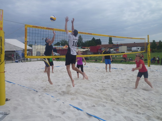 08 23 002 Gaimi Beachvolleyturnier k